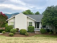 5005 Harvest Ridge Rd, Roanoke, VA 24019