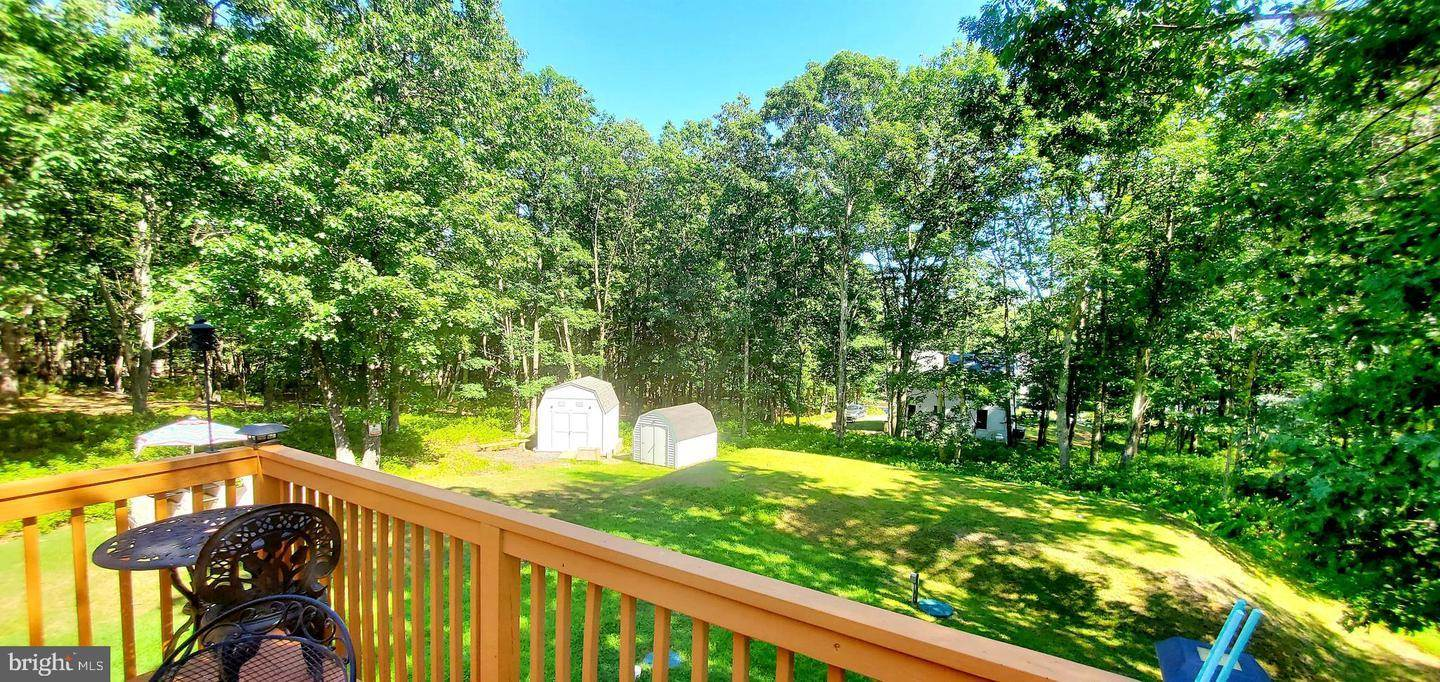 14 Mountain Top Road, East Stroudsburg, PA 18302