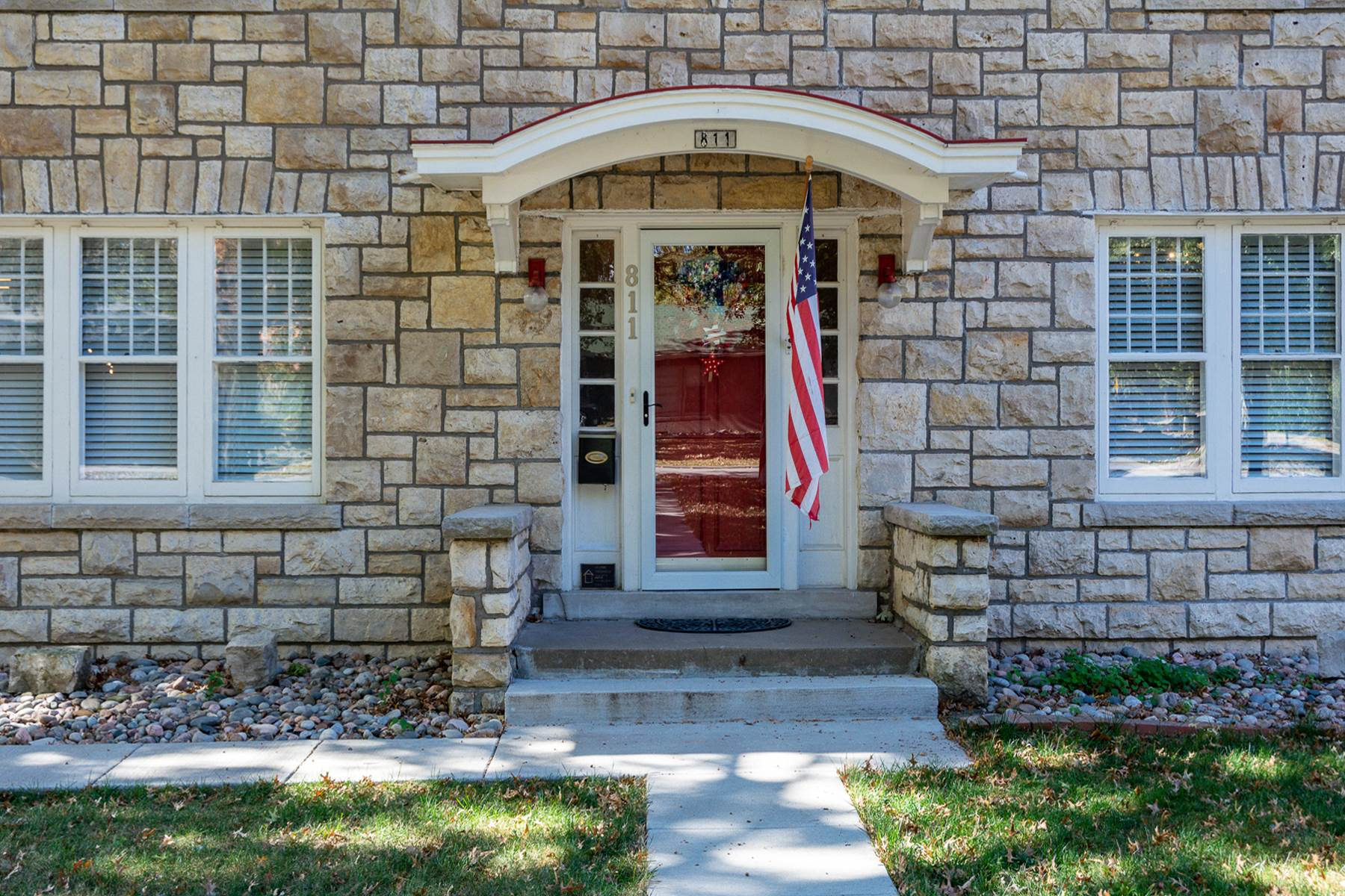 811 South Chestnut Street, Olathe, KS 66061
