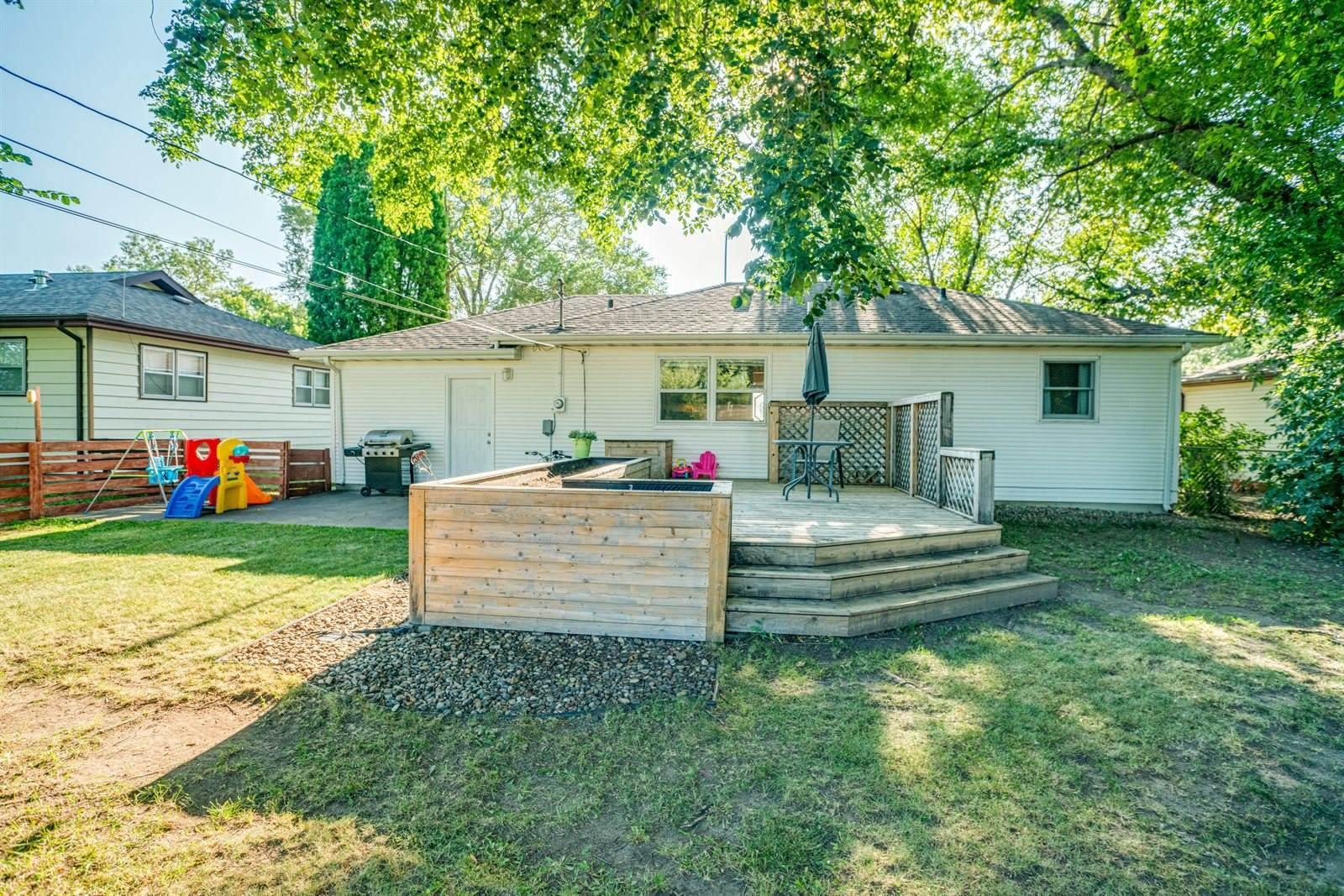 1822 Washington Street, Bismarck, ND 58501