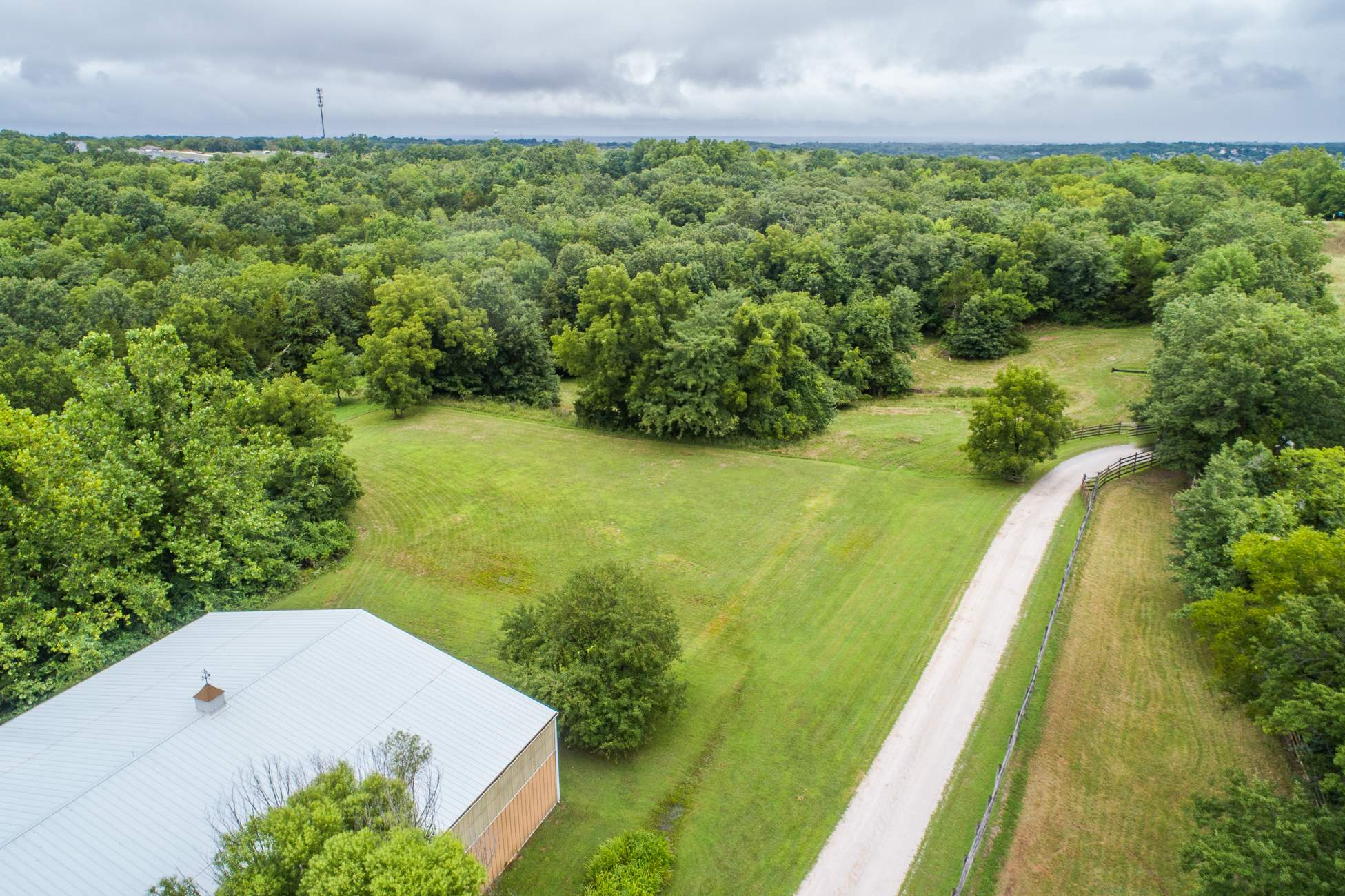 7953 South Old Plank Rd, Columbia, MO 65203