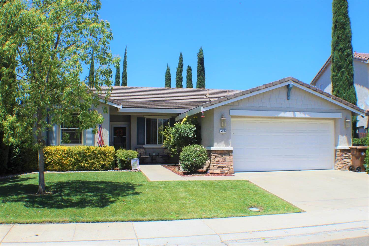 5635 Foxview Way, Elk Grove, CA 95757
