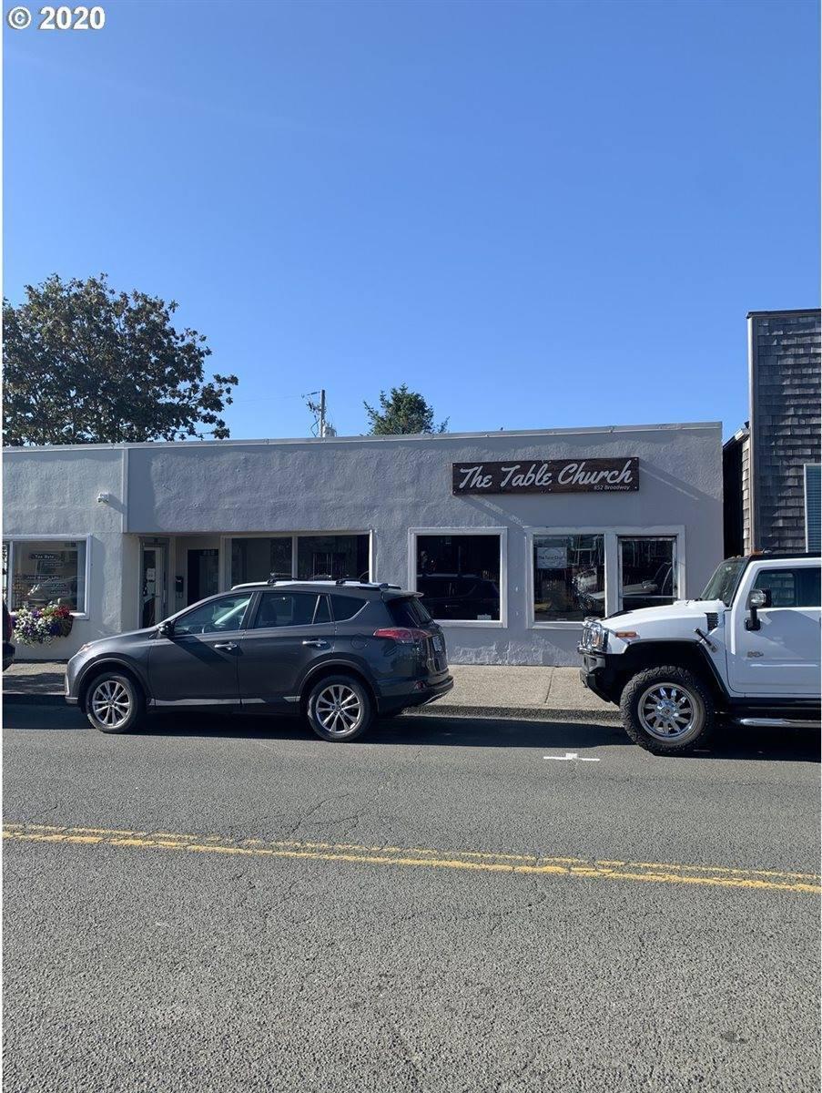 852 Broadway St, Seaside, OR 97138