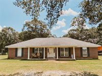 123 Red Edwards Lane, Lucedale, MS 39452