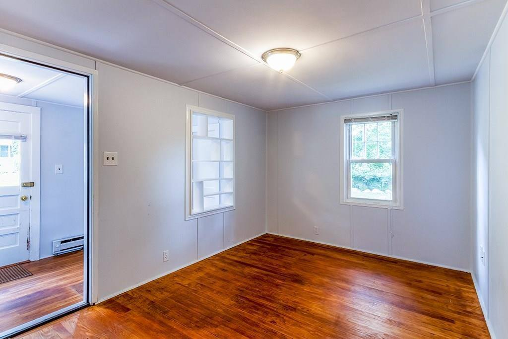 102 Pleasant Cir, Canton, MA 02021