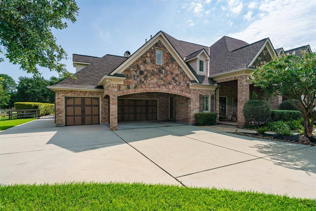 12626 Hunters Canyon Lane, Cypress, TX 77429