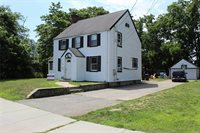 122 2nd Ave, Bay Shore, NY 11706
