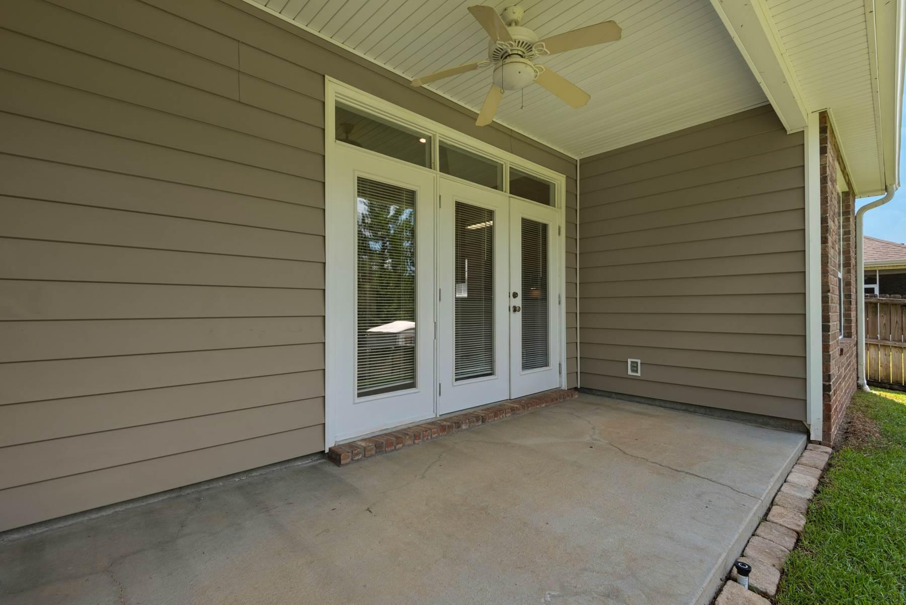 142 Alicia Drive, Crestview, FL 32536