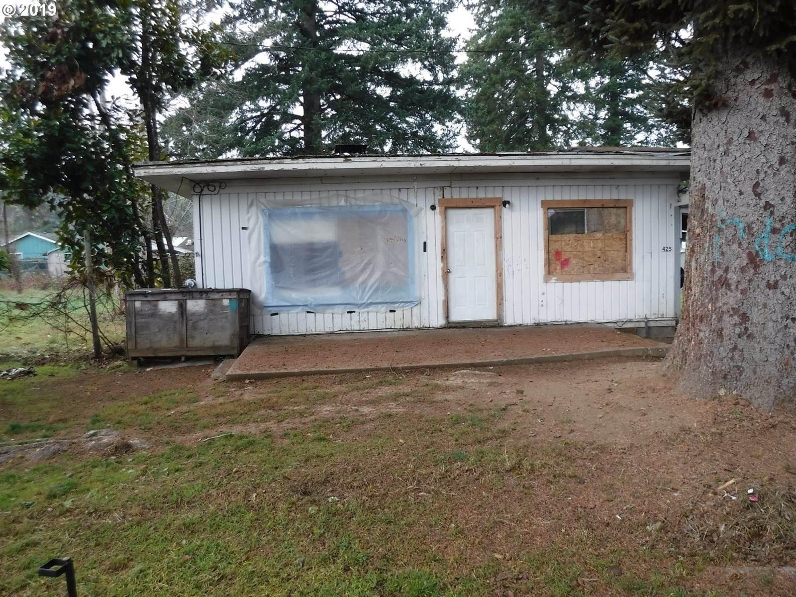 425 Anne St, Yoncalla, OR 97499