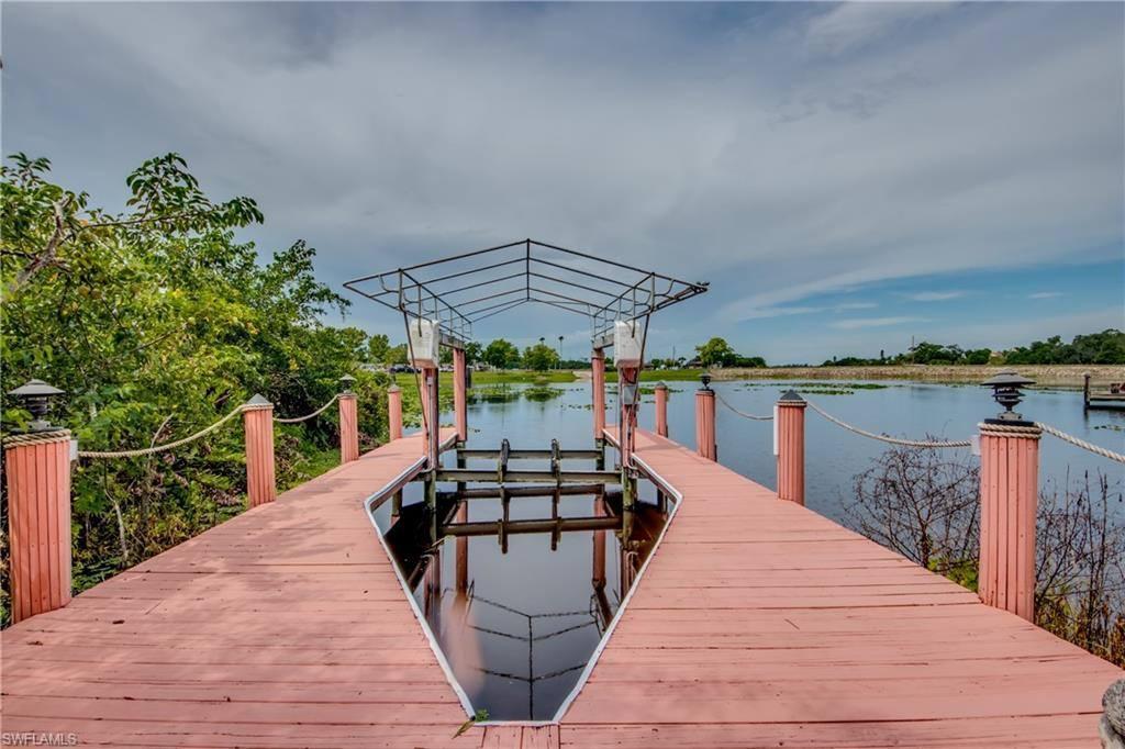 18161 Riverchase Court, Alva, FL 33920