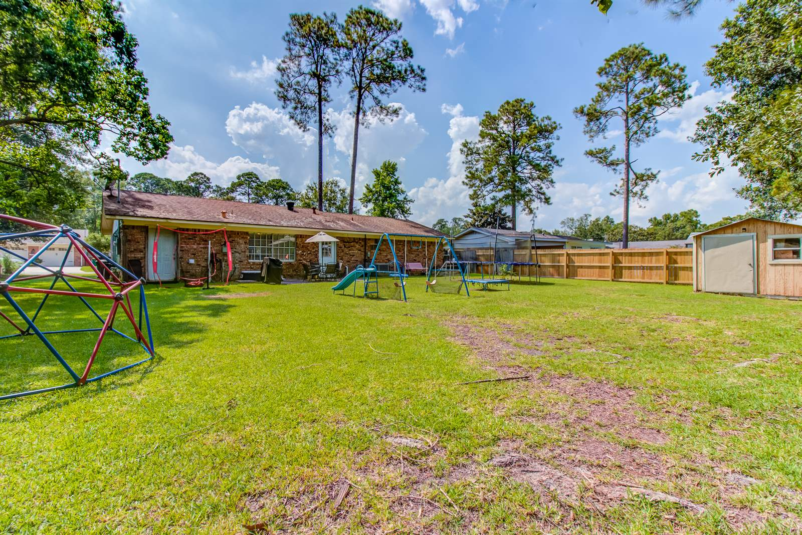 202 Sedgewick Dr, Long Beach, MS 39560