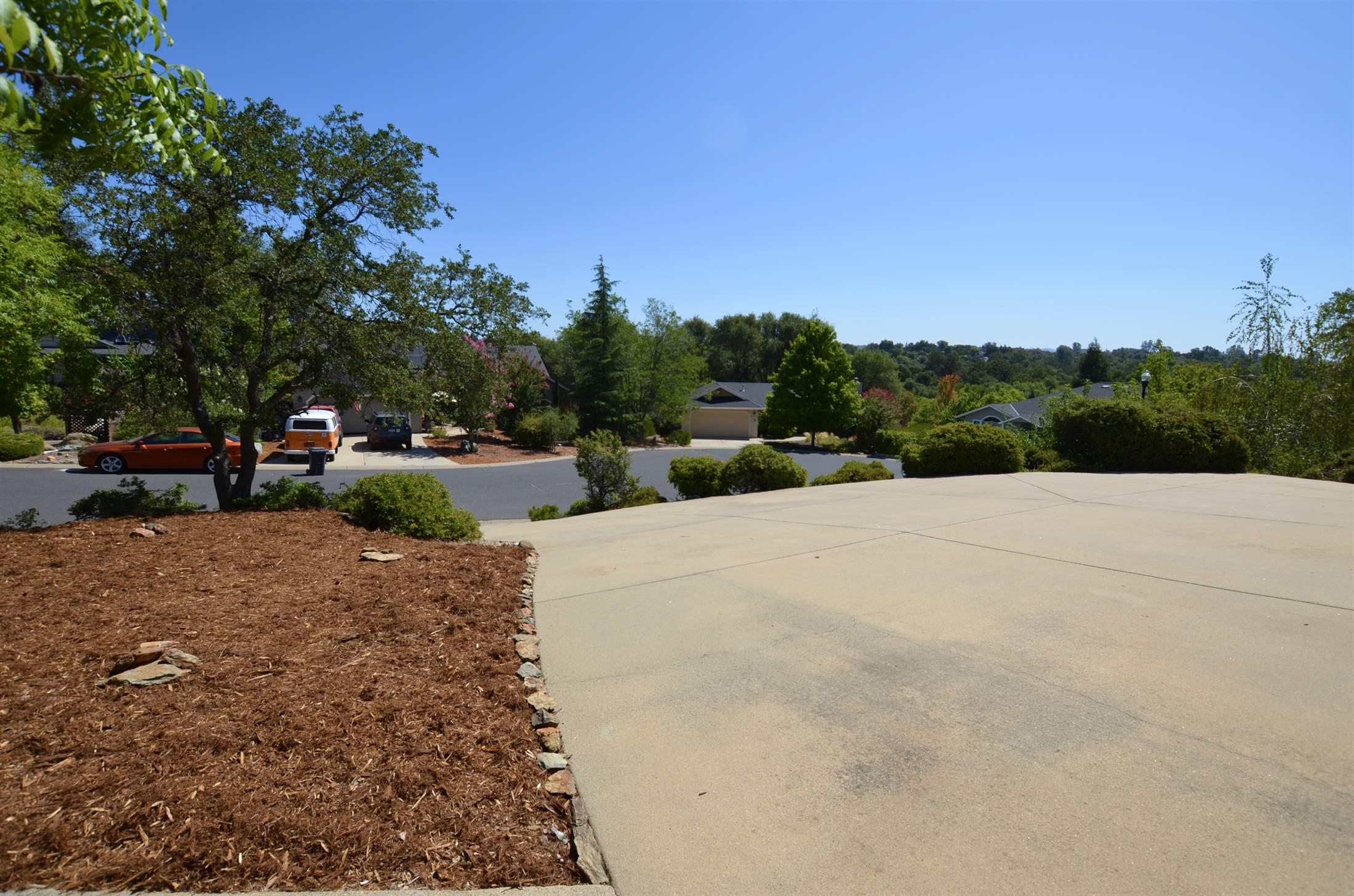 250 Mistletoe Court, Angels Camp, CA 95222