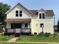 901 W Blodgett Street, Marshfield, WI 54449