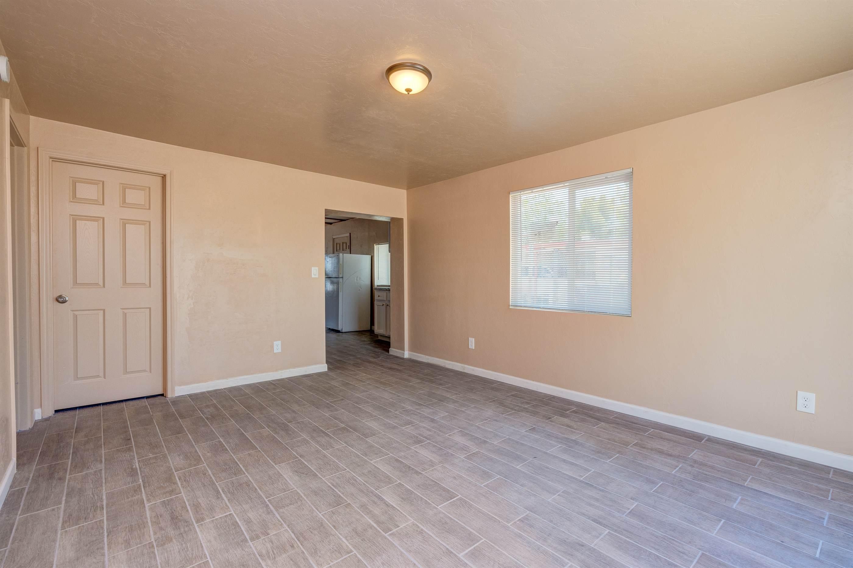 5401 E 30h St, Tucson, AZ 85711