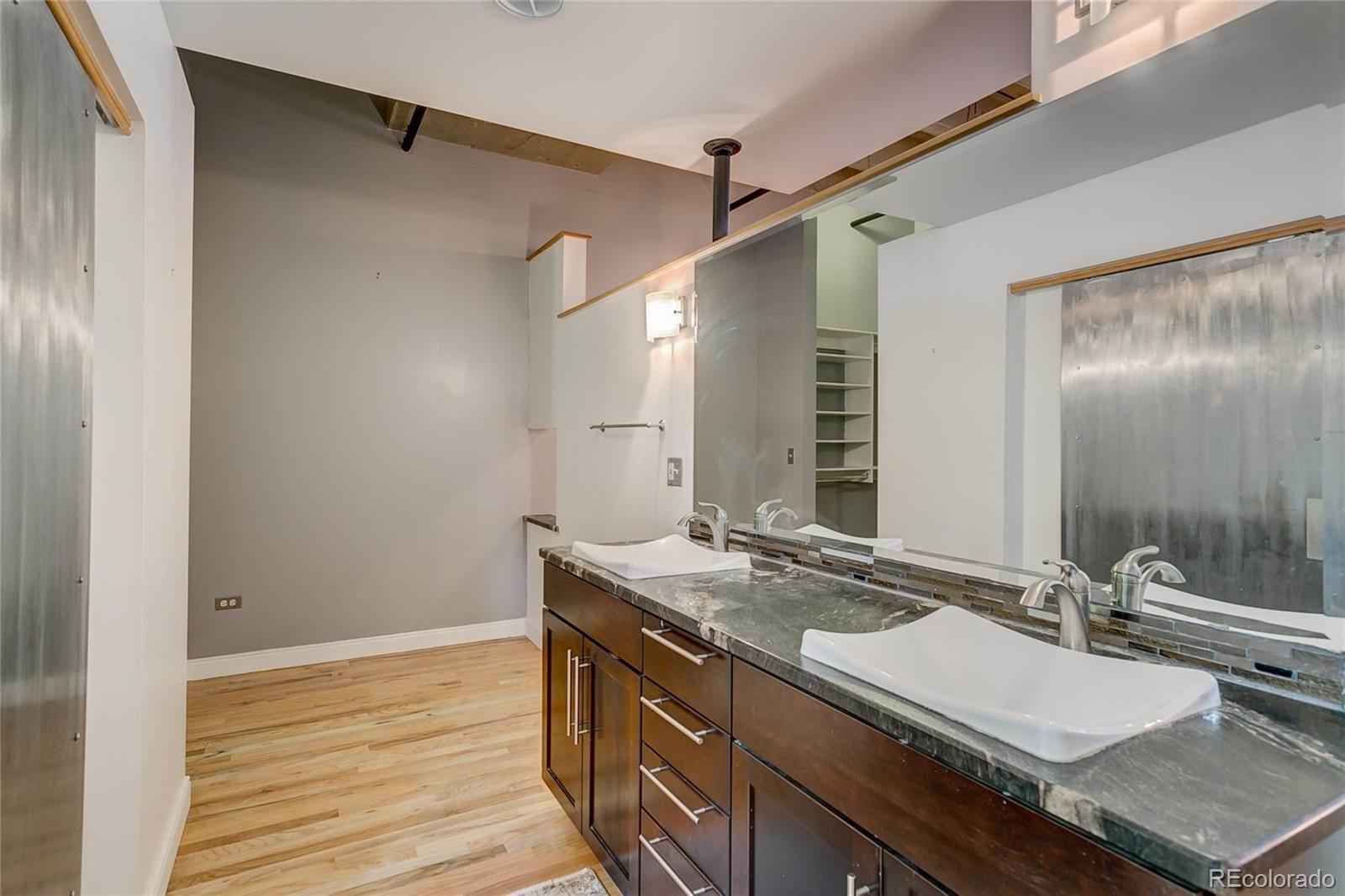 1020 15th Street, #215, Denver, CO 80202