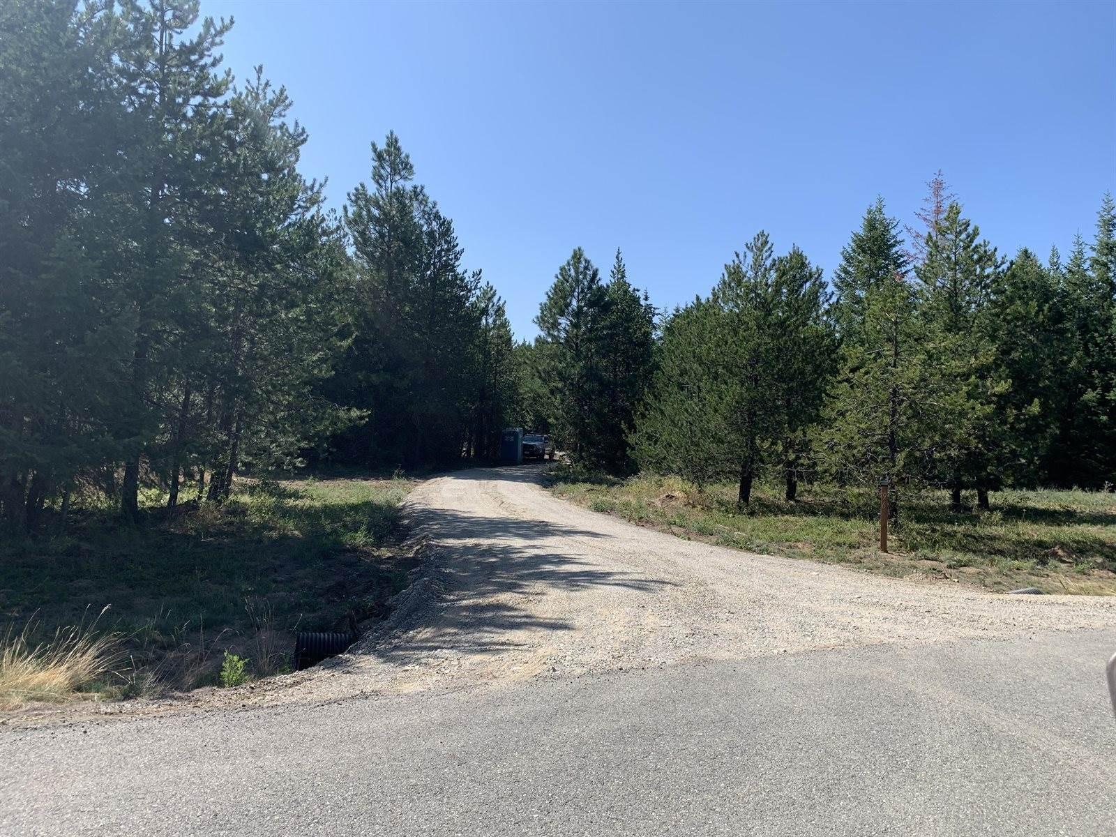 96 Cardinal Lane, Spirit Lake, ID 83869