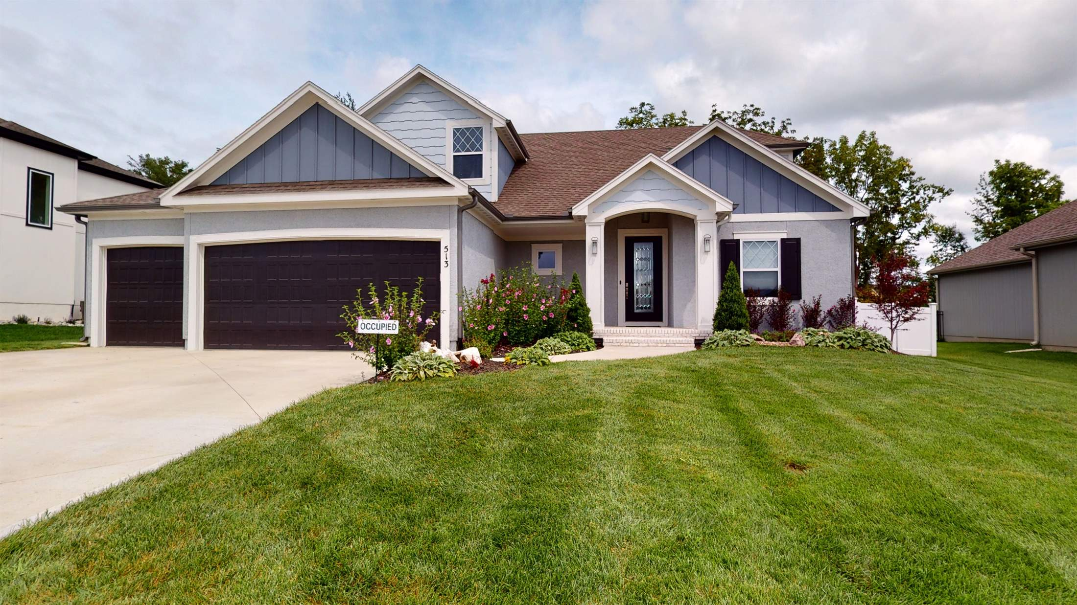 513 NE Legacy View Dr., Lee's Summit, MO 64086