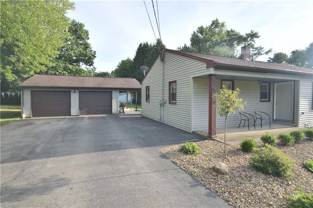 60 Ward Avenue, New Middletown, OH 44442
