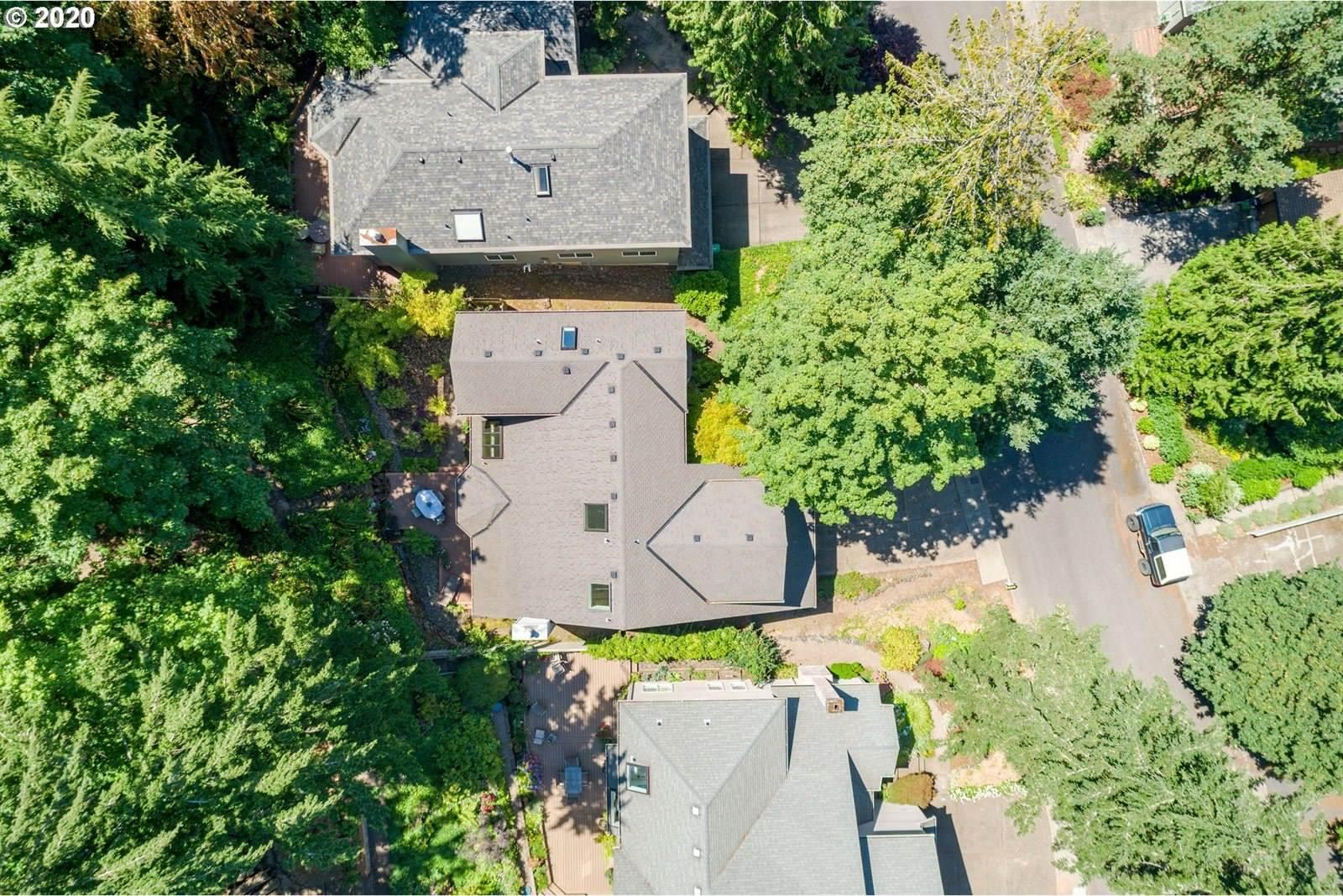 3702 SW Cullen Blvd, Portland, OR 97221
