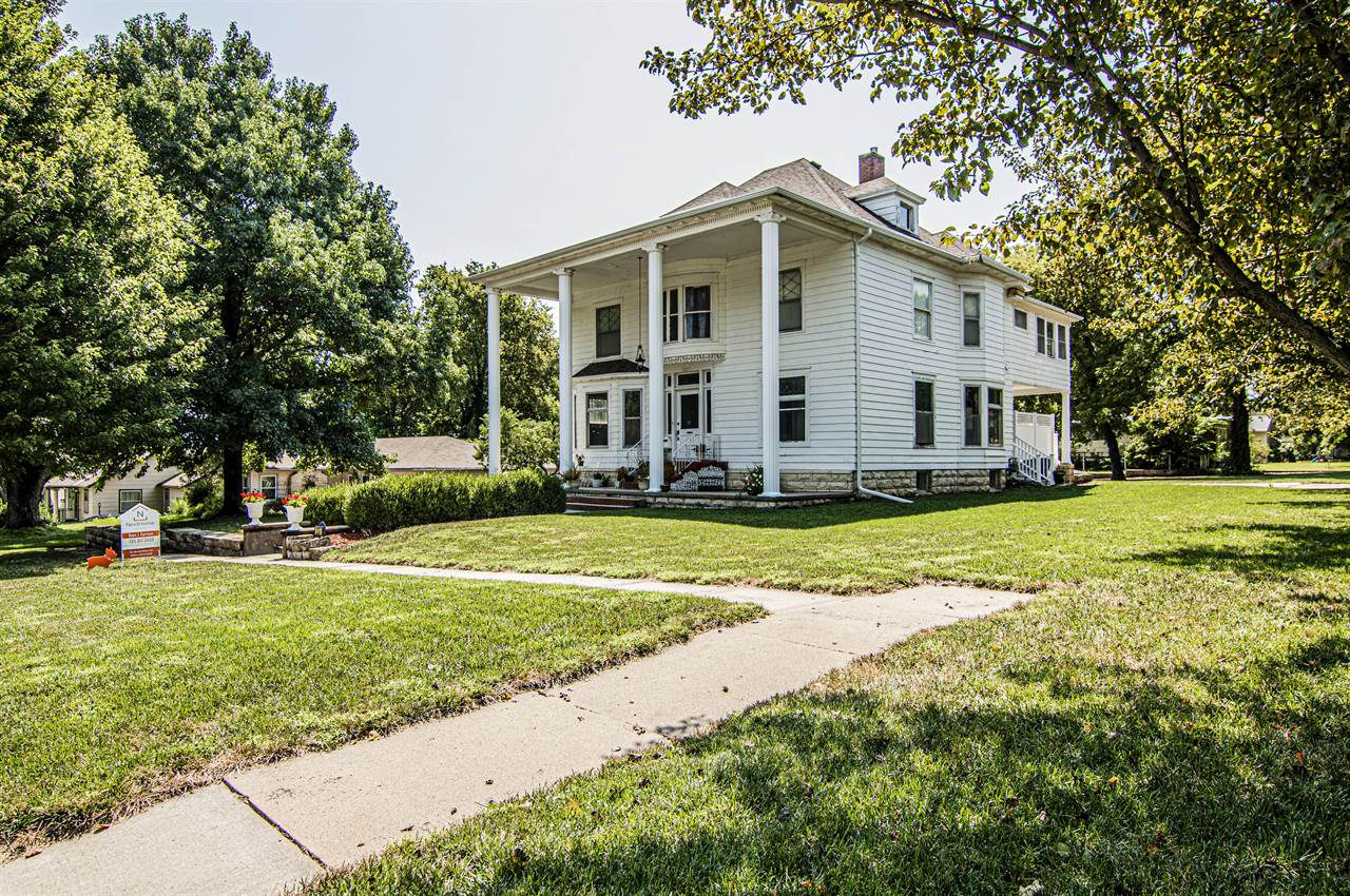 237 W. Vine Street, Junction City, KS 66441