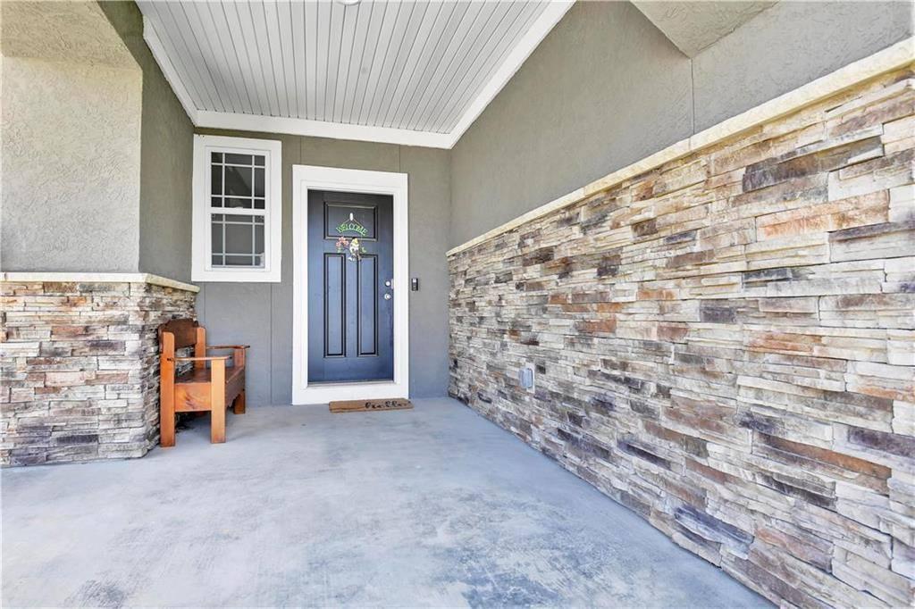 14438 Shady Bend Road, Olathe, KS 66061