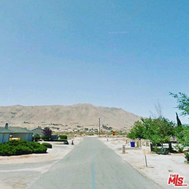 10591 Cochiti Road, Apple Valley, CA 92308