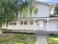 820 Park Pl, Williston, ND 58801