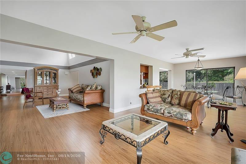 5901 Cedar Circle, Tamarac, FL 33319