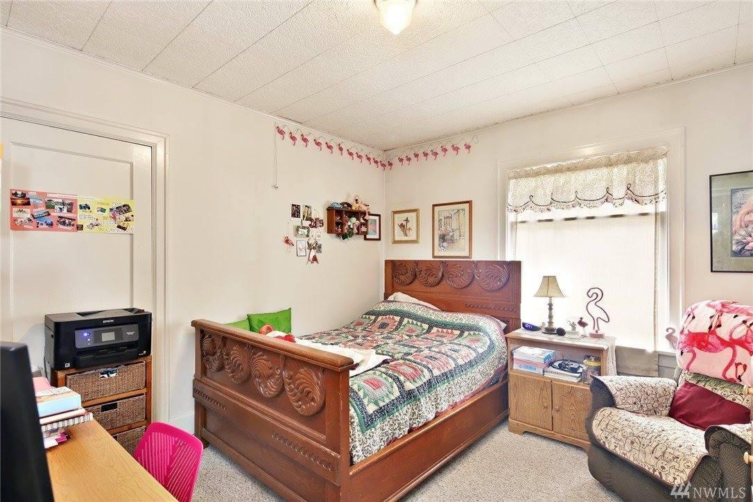 2412 30th St, Bellingham, WA 98225