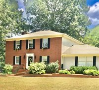 1525 Oxford Drive, Murray, KY 42071