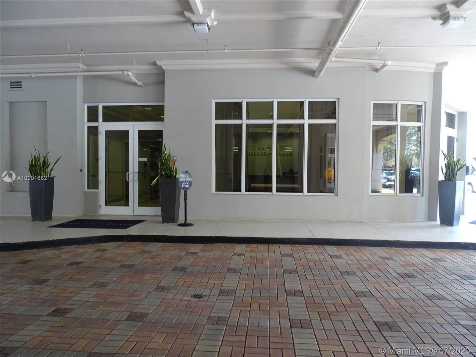 4100 Salzedo St, #518, Coral Gables, FL 33146