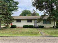 901 S Erickson Avenue, Marshfield, WI 54449