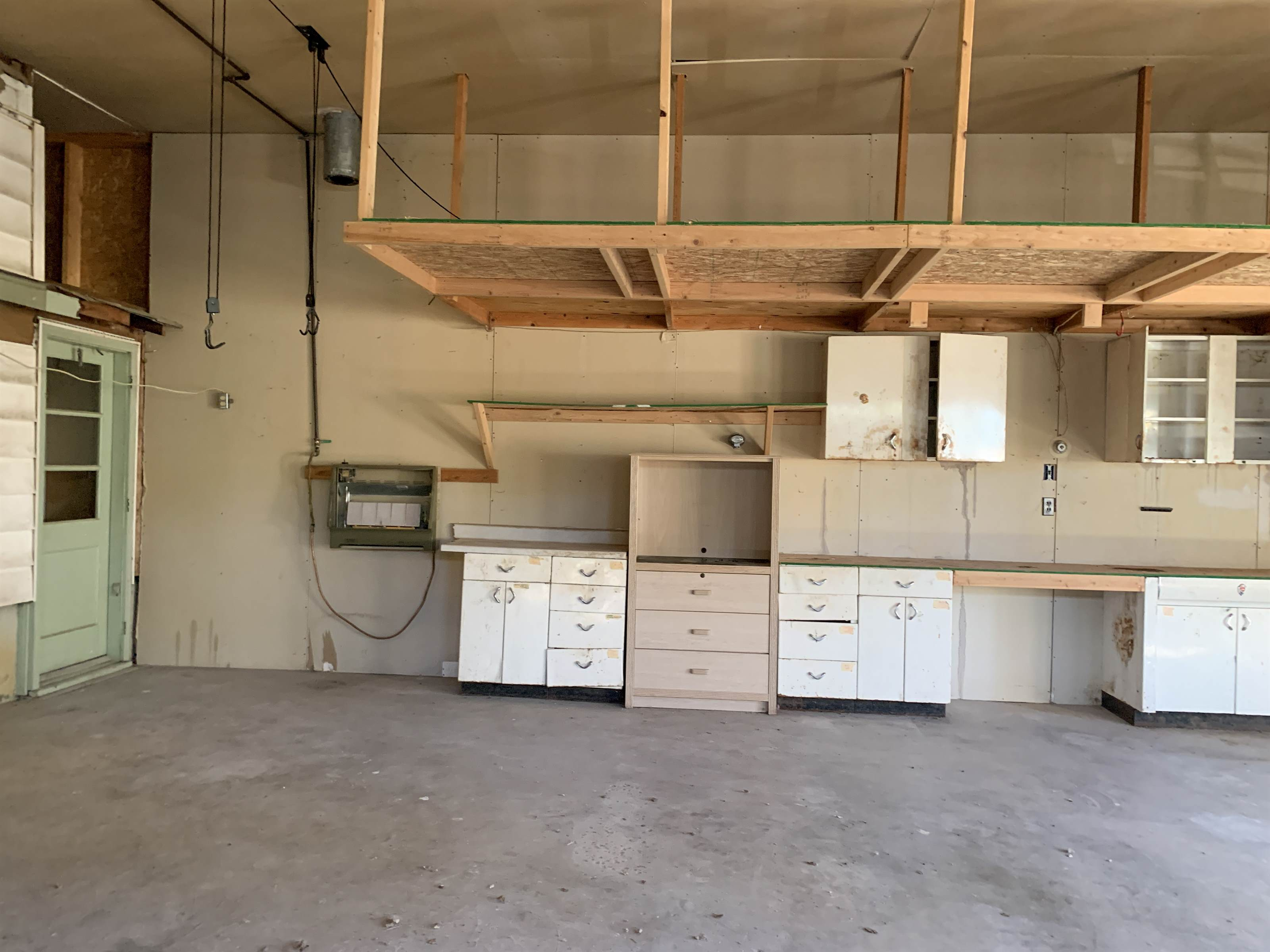 502 1st St North, Froid, MT 59226