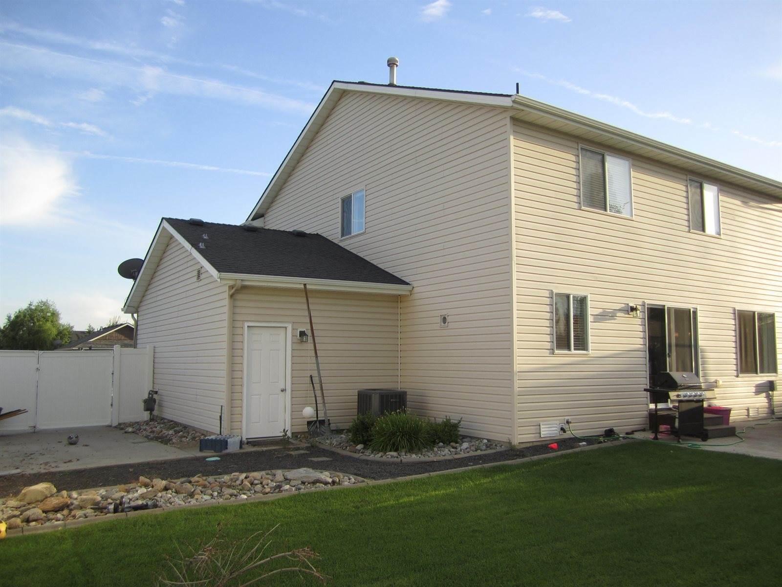 2908 West Blackberry Loop, Hayden, ID 83835