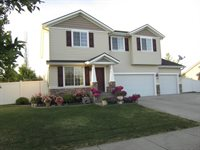 2908 West Blackberry Loop, Hayden, ID 83835