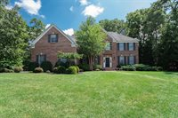 1 Bradley Ct, Green Brook Township, NJ 08812