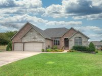 2302 East Hawkins Court, Ozark, MO 65721