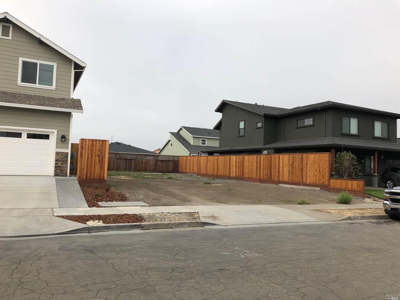 1622 Kerry Lane, Santa Rosa, CA 95403