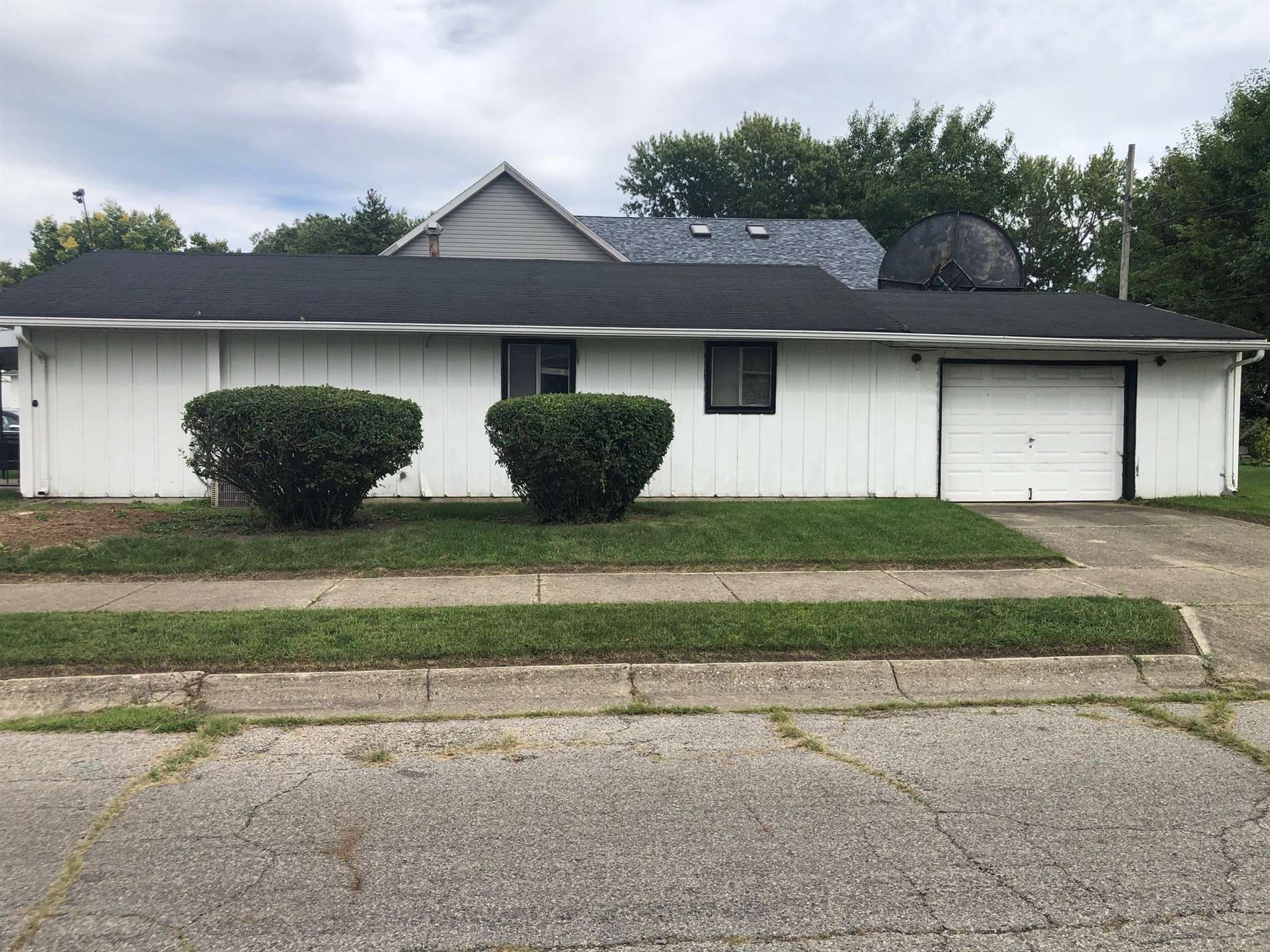 1125 Liberty Ave, Springfield, OH 45506