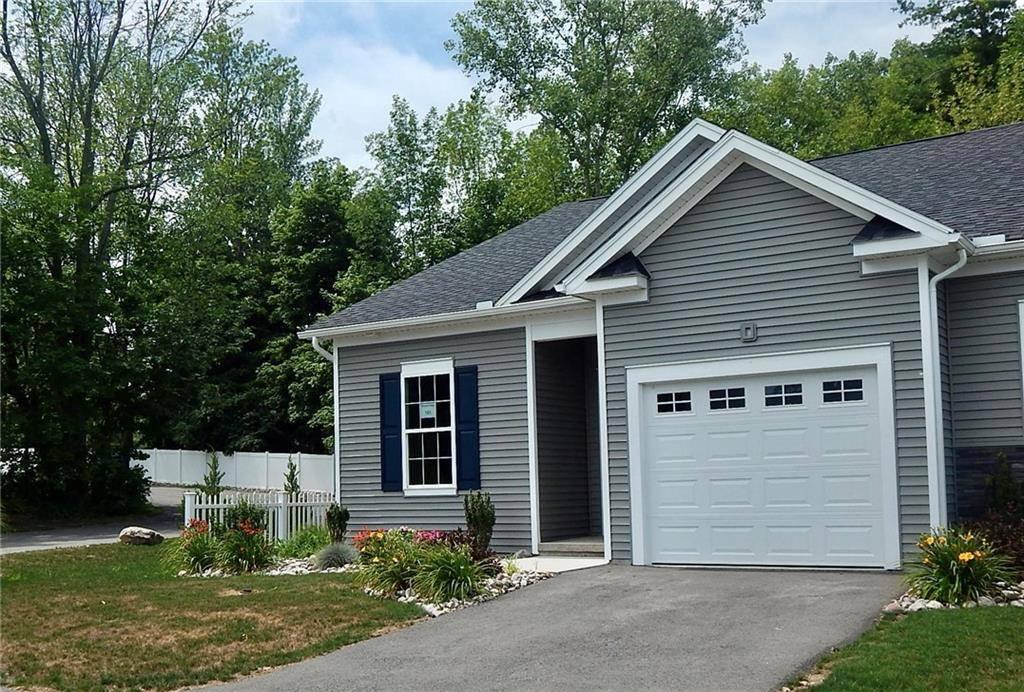 6201 Blossom Ridge Circle #101, Ontario, NY 14519