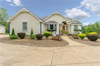 5855 Timberline Court, New Middletown, OH 44442