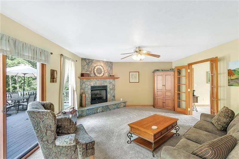 150 Woodbury Drive, Sarver, PA 16055