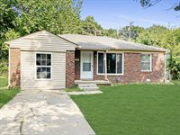 1752 N Old Manor Rd, Wichita, KS 67208