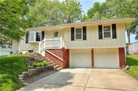 3808 Stonewall Court, Independence, MO 64055