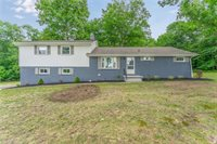 9015 Struthers Road, New Middletown, OH 44442