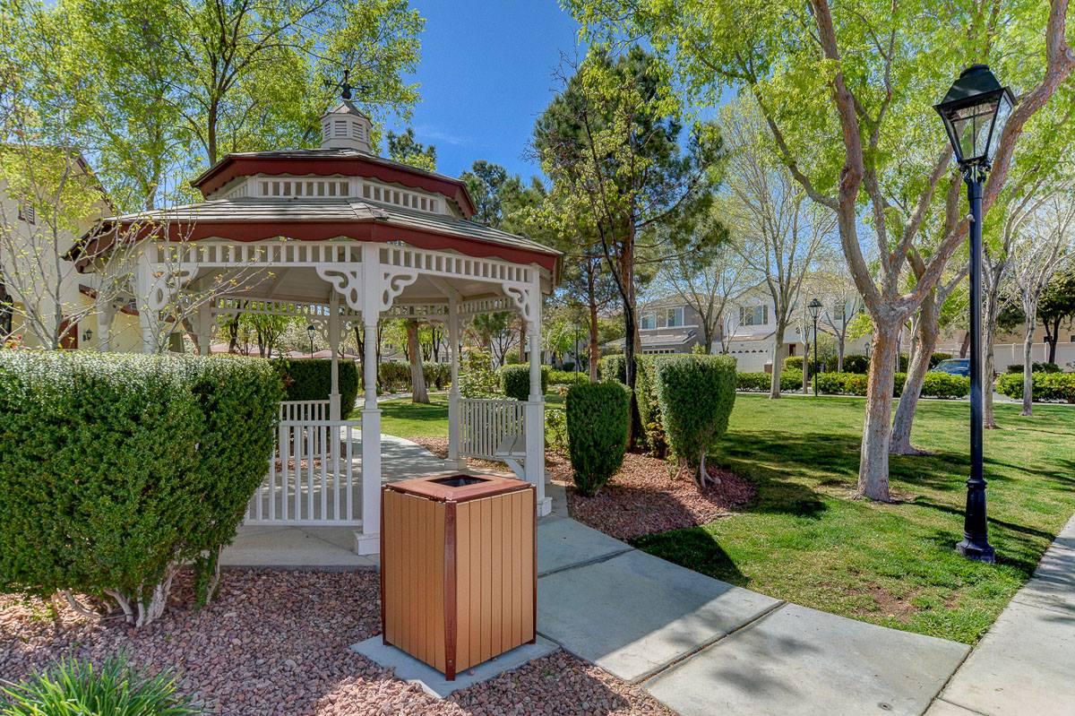 8213 Annual Ridge Street, Las Vegas, NV 89139