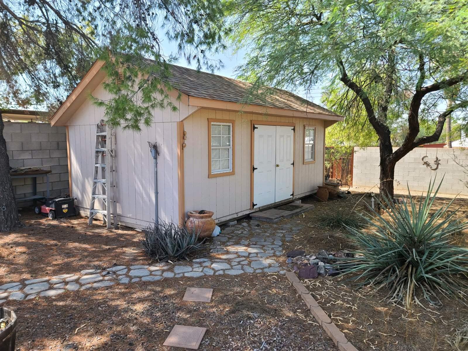 532 S Sherwood Village, Tucson, AZ 85710