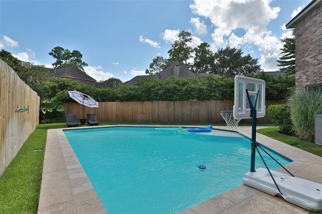 16511 Champions Cove Court, Spring, TX 77379