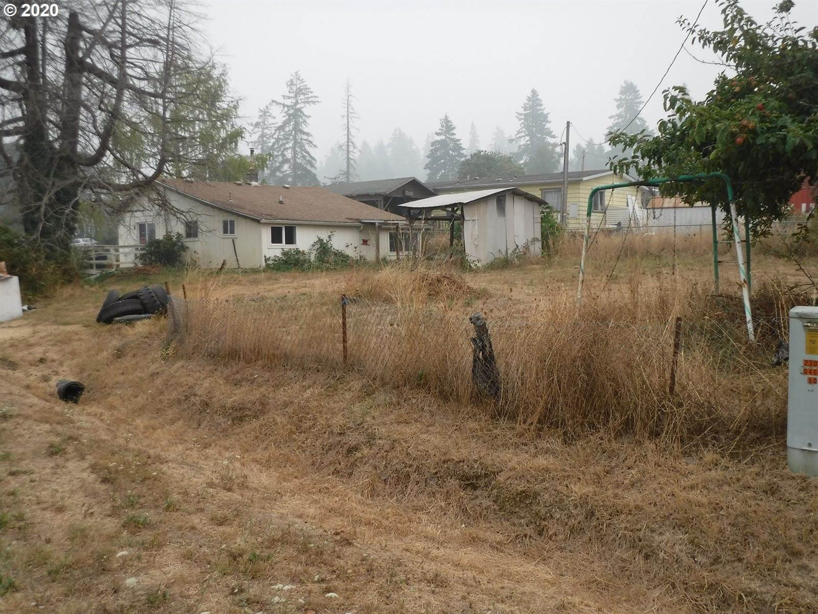 409 Charles St, Yoncalla, OR 97499