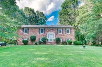 1086 Abbey Place, Forest, VA 24551